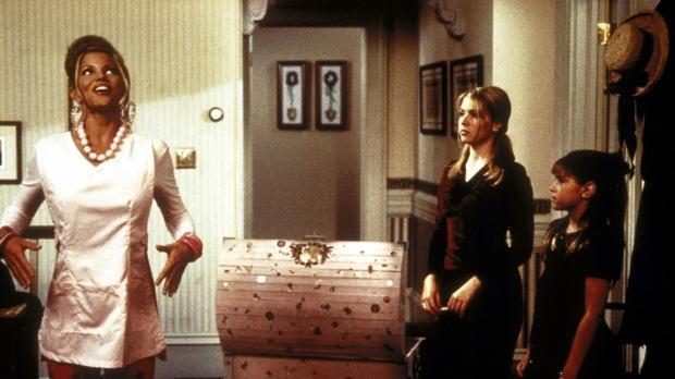 Sabrina (Melissa Joan Hart, M.) hofft, dass ihre Cousine Amanda (Emily Hart,...