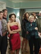 Desperate Housewives - Partytime: (v.l.n.r.) Bob (Tuc Watkins), Lee (Kevin Rahm), Mike (James Denton), Gabrielle (Eva Longoria), Renee (Vanessa Williams), Karen (Kathryn Joosten), Edgar (Jason George), Roy (Orson Bean), Bree (Marcia Cross) und Chuck (Jonathan Cake) ... © ABC Studios