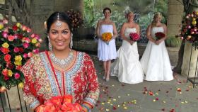 Die perfekte Hochzeit! - Welche Braut wird die traumhaften Luxus-Flitterwochen gewinnen? Anna (r.), Nazia (l.), Samantha (2.v.l.) oder Shannon (2.v.l.)? © Copyright ITV plc (ITV Global Entertainment Ltd)